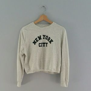 H&M Divided NY City Crop Top Sweatshirt Size M